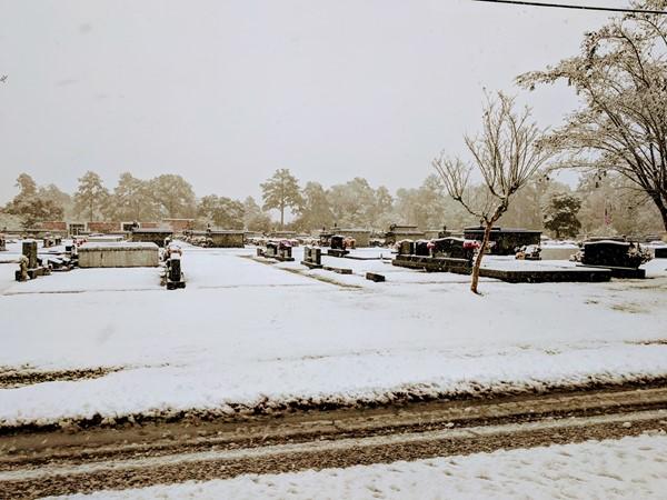 Rose Memorial Cemetery - Snow Day 2017