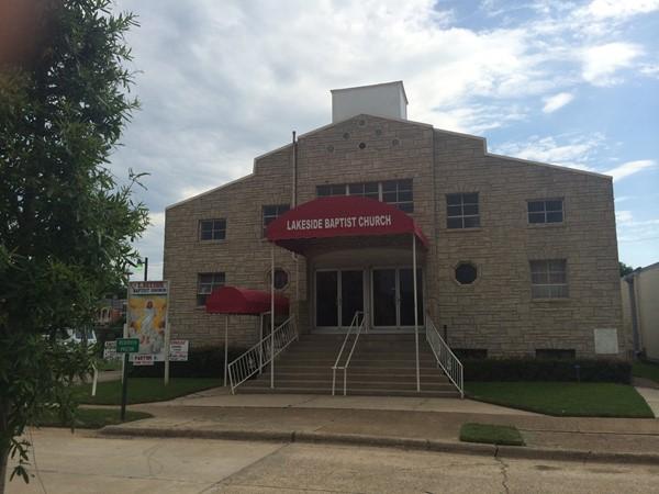 Anticipate wonderful historical landmarks like Lakeside B. C.  Across from Municipal Auditorium