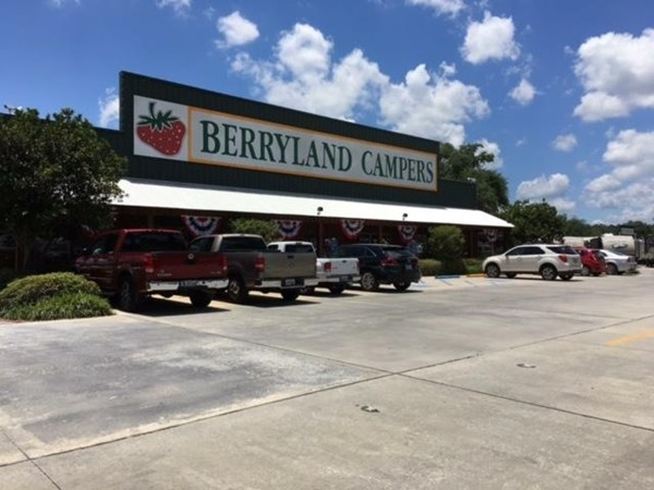 Berryland Campers is one of the most comprehensive RV Camper Dealerships in the United States.
