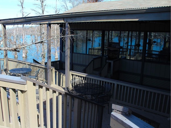 Bayou Landing offers a winding deck with views of Bayou DeSiard and plenty of meeting space
