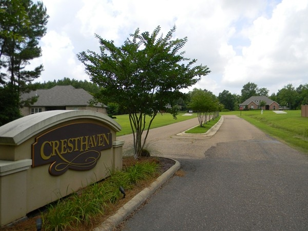 Cresthaven is a fresh, rural, family-friendly neighborhood