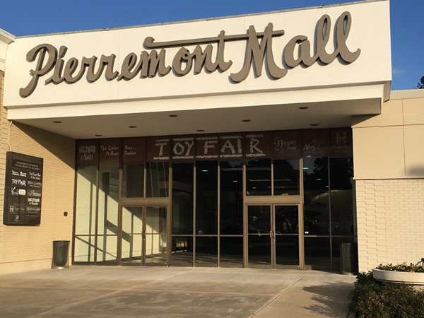 Pierremont Mall is in the heart of South Highlands and is a great place to shop