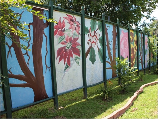 The Northeast Louisiana Arts Council contributed to this beautiful wall mural in Rayville