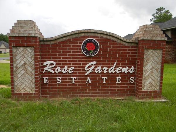 Rose Gardens Estates provides a quaint, family-friendly neighborhood environment