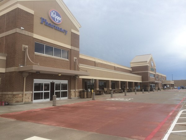 The new Kroger on Airline Drive opened this morning, bringing with it 300 new jobs