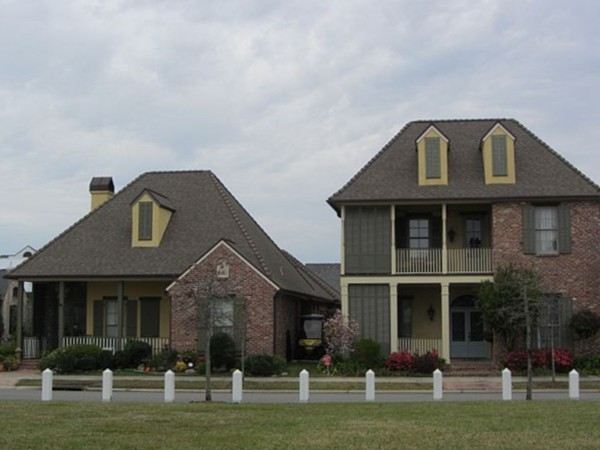 Beautiful cottage homes in the village of River Ranch