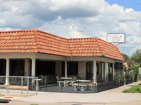 L'Italiano Restaurant was established in 1984 and serves classic Italian dishes