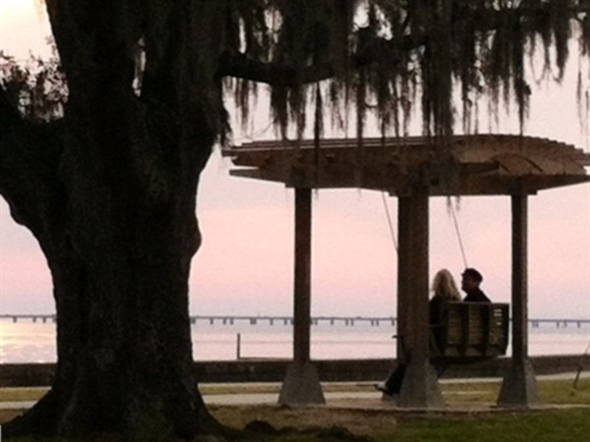 A picturesque sunset enjoyed.after dining nearby on Lakeshore Drive -- gorgeous views!