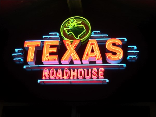 Texas Roadhouse in Covington. Awesome burgers, great chili, and melt in your mouth filet