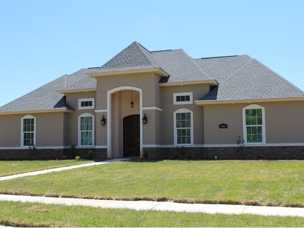 Bayou Trace features beautiful Acadian-style homes in Sterlington