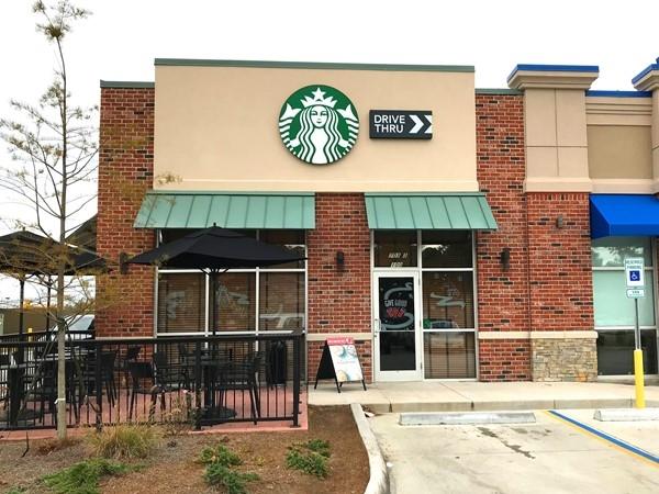 Starbucks now located near Winn Dixie on HWY 21