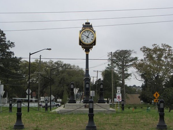 New chime clock installed in Youngsville