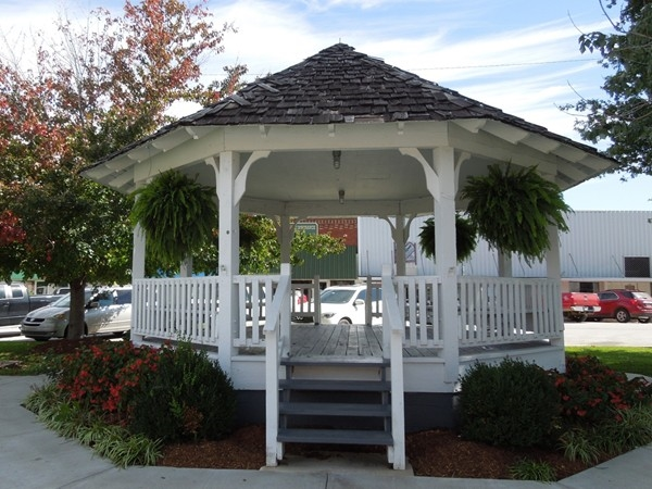 Gazebo on city square in Green Forest