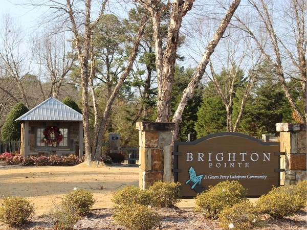 Brighton Pointe gated subdivision on Greers Ferry Lake