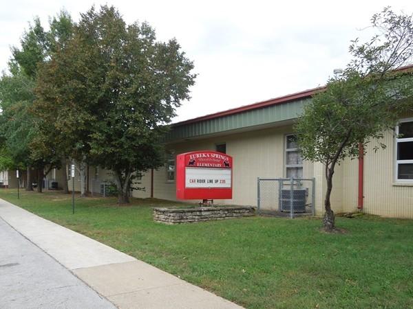 Eureka Springs Elementary School