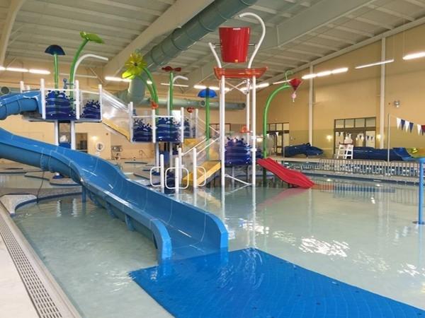 What a fun indoor water park at bentonville recreactional for Bentonville pool