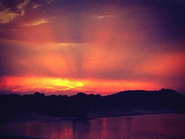 Sunset over Lake Dardanelle in Russellville. Explore Greater Arkansas
