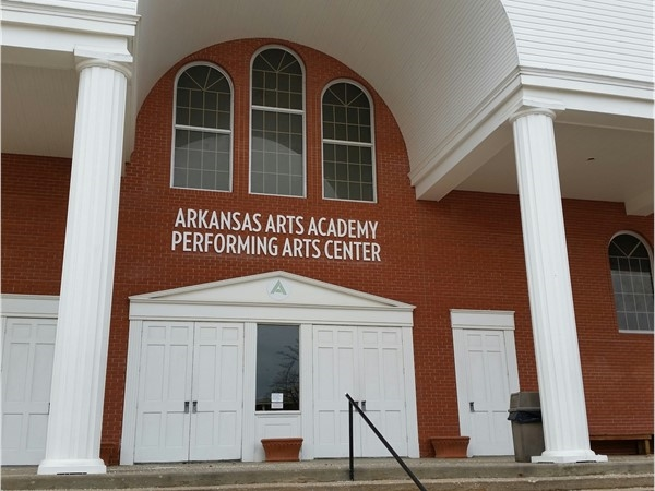 Lovely Arkansas Arts Academy affords students a chance to display art, dance, sing and act