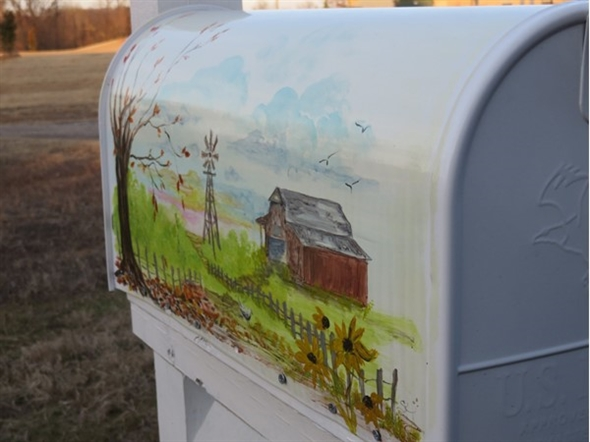 Local artist, Sue Kinsey, painted a gorgeous mailbox for my home in Clarksville