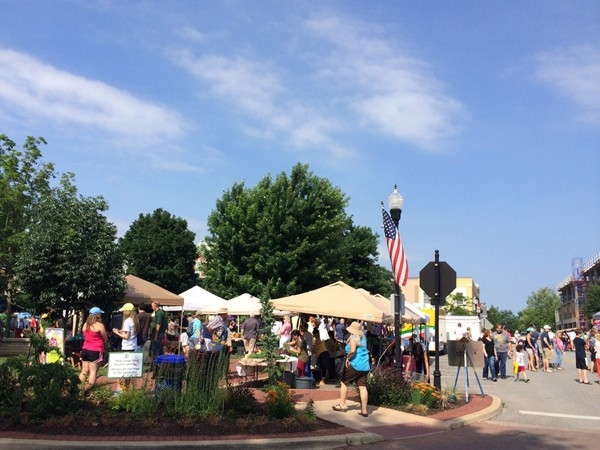 Bentonville Farmers Market is quite popular on Saturday mornings