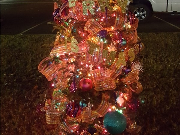Cornwell Funeral Homes and Loves Flower Shop sponsored tree