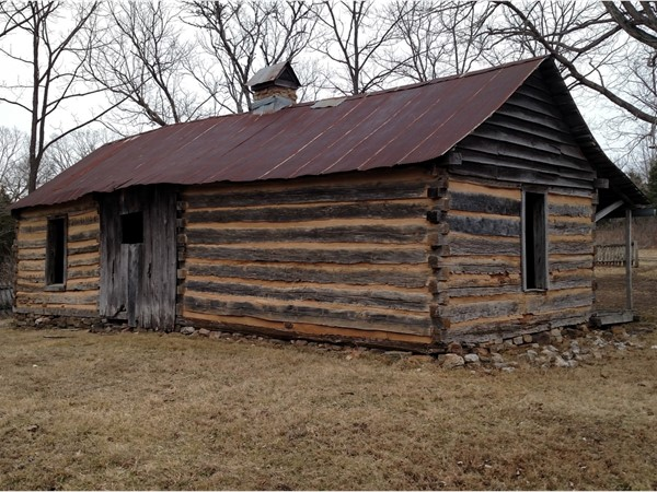 Back view of the Collier Homestead. An easy hike on the Buffalo River Trail, St. Joe at Tyler Bend