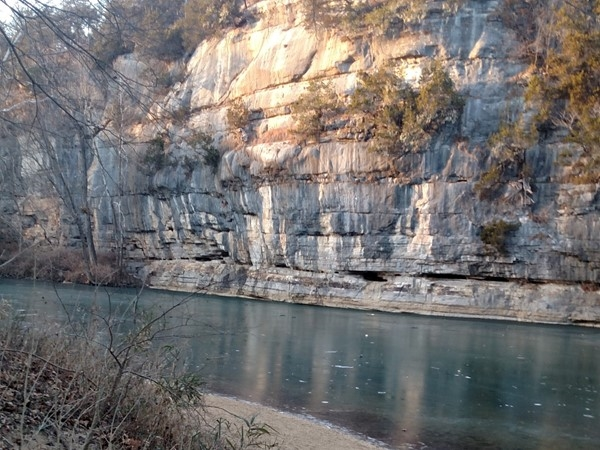 Hikes in Arkansas are beautiful all year long - Pruitt Bluffs