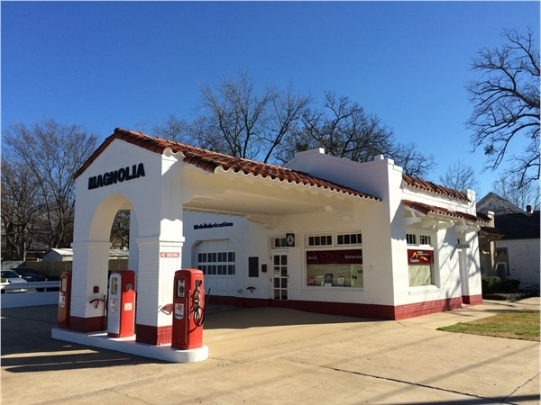 This is the antique gas station across from Little Rock Central High School visitor center