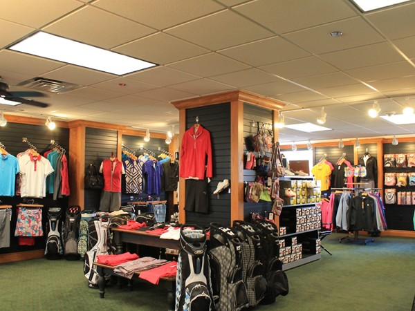 Everything you need to make you look good while you golf at Kingswood & Berksdale Golf Shop