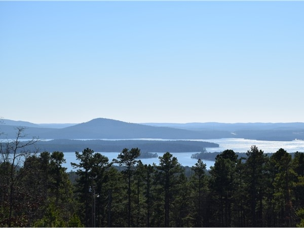 Monte Vista Estates sits on a ridge overlooking Lake Maumelle about 20 minutes from Chenal Pkwy