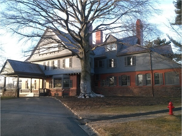 Front entry of Sagamore Hill, summer White House