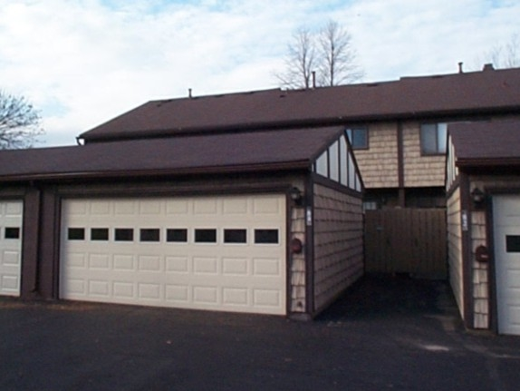 Garages for the townhomes at Windsor Square in Penfield