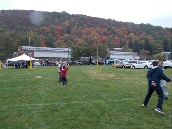 Fall foliage and football!