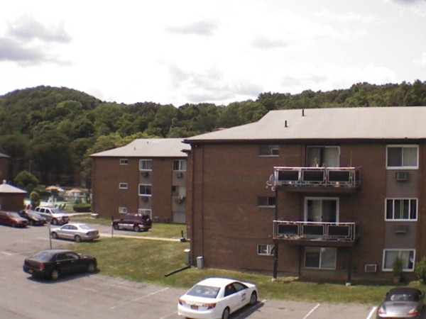 Rolling Hills offers 1 and 2 bedroom condos