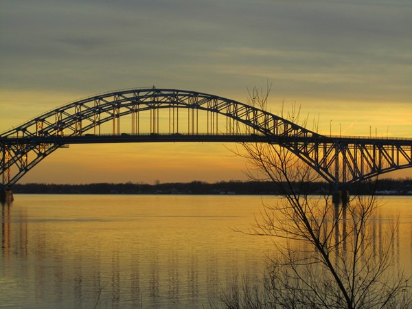 Special beauty of your trip to Grand Island is driving over the Upper Niagara River
