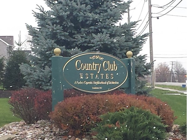 Country Club Estates in Lancaster near Broadway and Pavement