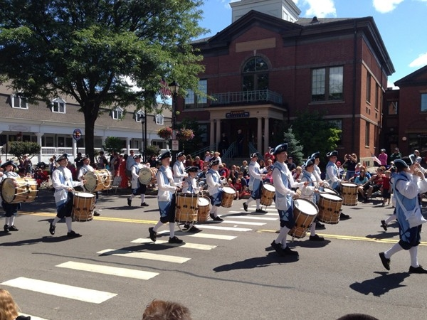 Fabulous July 4th parade with marching bands, service men, firefighters and more