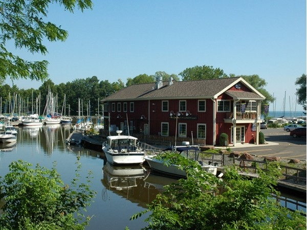 "The word ""quaint"" describes Pultneyville, which is full of historic homes and waterfront views"