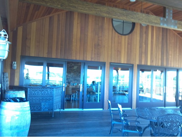 Large outdoor tasting room