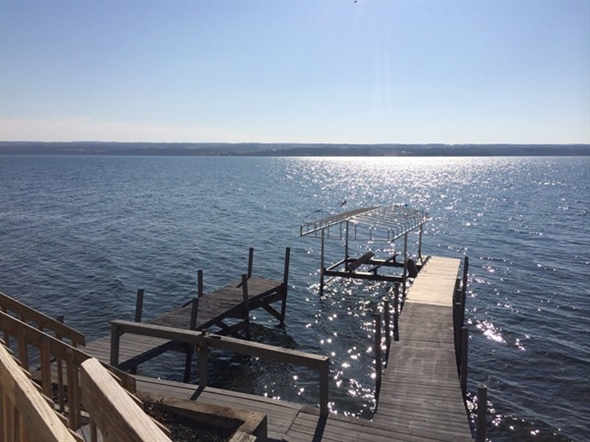 The 38 mile Cayuga Lake has so much to offer both from both sides.  It does not disappoint!