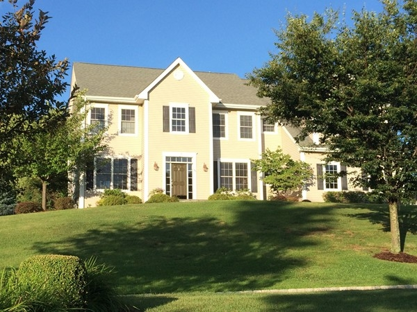 Mansion Ridge has many unique homes