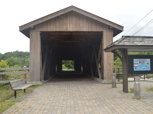 Who doesn't like an old fashioned covered bridge?