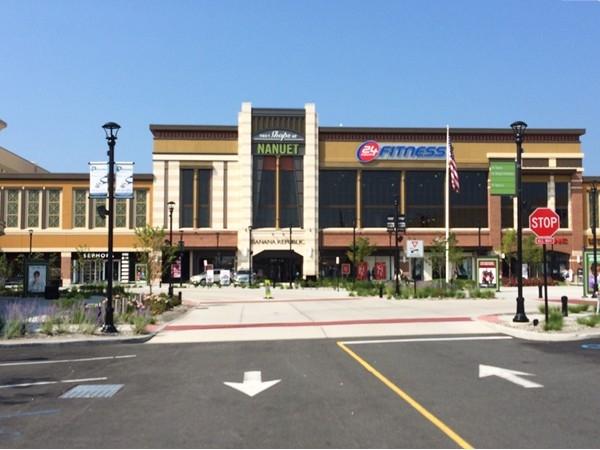 Nice shopping area in Nanuet, NY