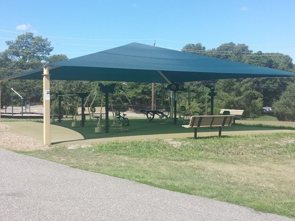 Ecology Center - equipment along the fitness trail helps you make the most out of your workout