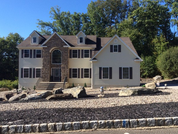 New construction in the town of Woodbury