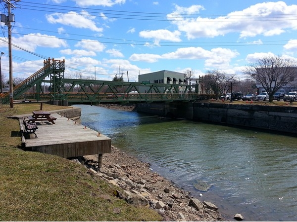 Erie Canal the day before the Blessed Easter 2015