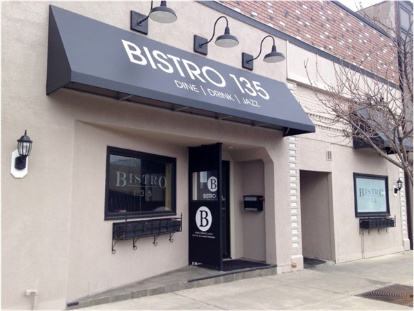 Bistro 135 Jazz Lounge restaurant in East Rochester.  Featuring late evening fare and drinks.