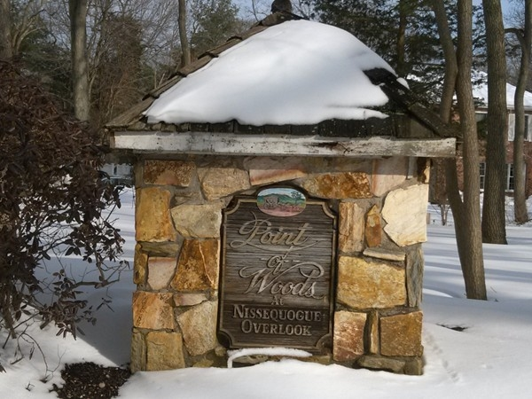 Very prestigious community nestled along the Nissequogue River
