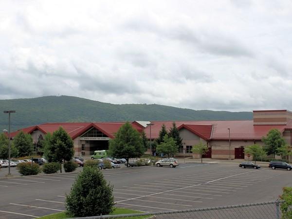 Monroe-Woodbury High School