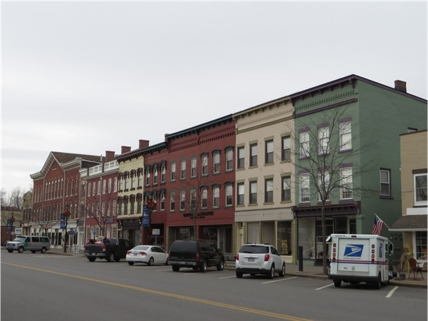 The north side of Main Street in Palmyra